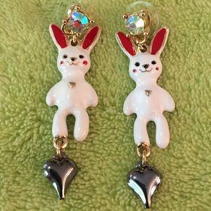 Stunning bunnies 🐰
